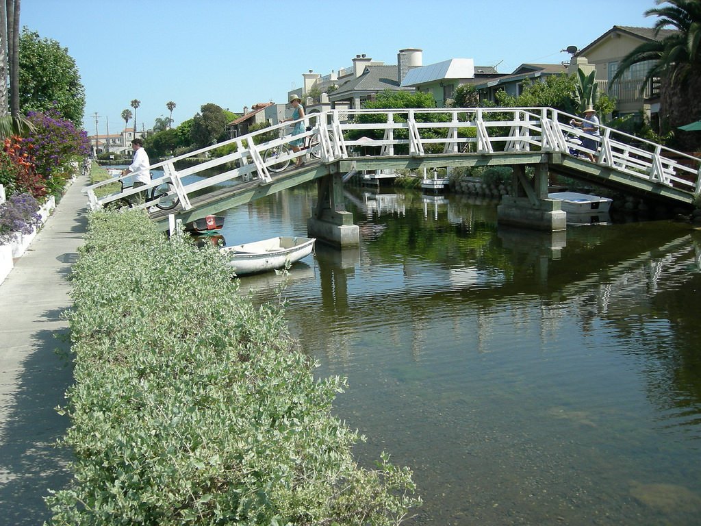 Venice, Ca, canals 6-flickr-GoBot