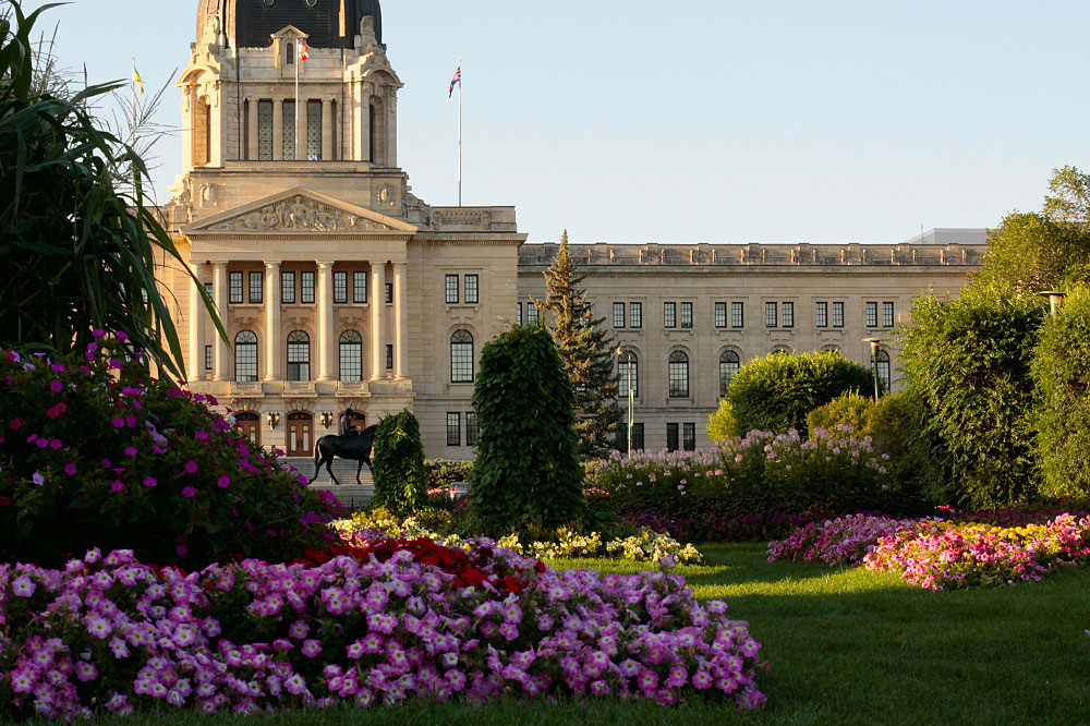 Legislature building in Regina 3-flickr-waferboard